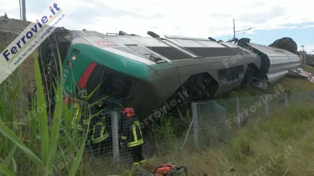 Modena, treno merci deraglia sul Canaletto