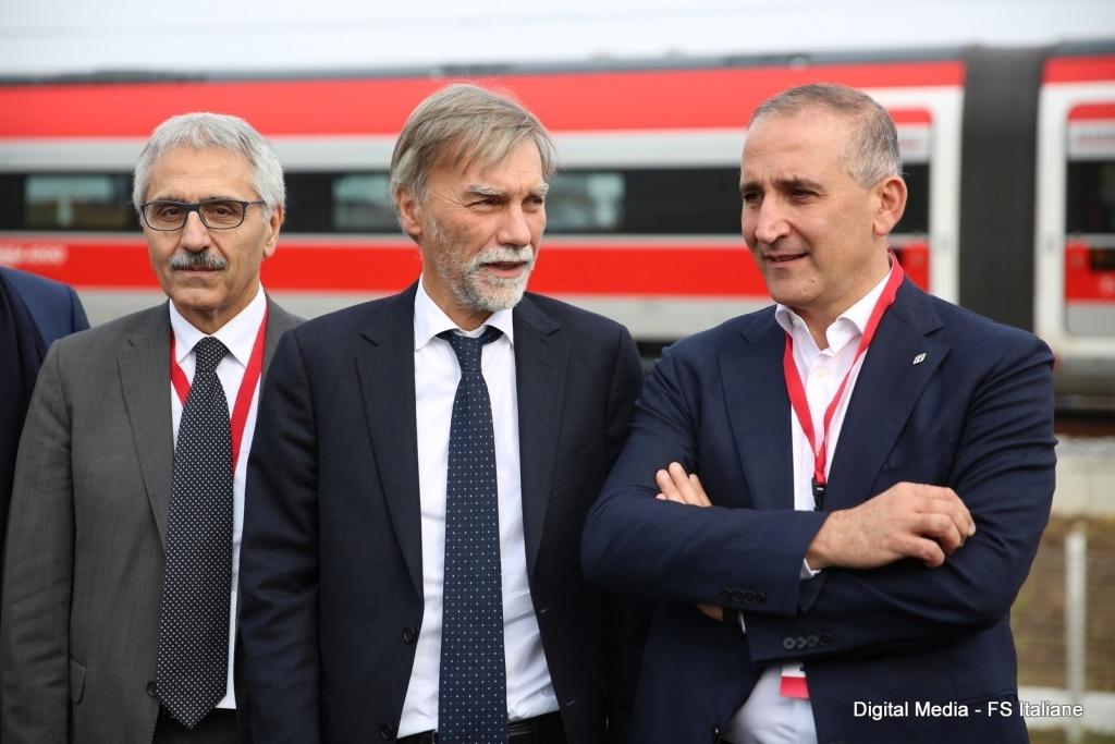 Fs, Mazzoncini: manterremo abbonamenti Alta velocità pendolari