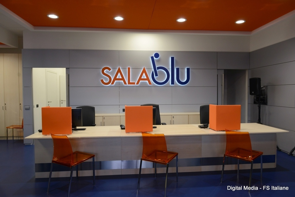 Sale Blu Ferrovie : Ferrovie.it roma termini: nuova sala blu per assistenza