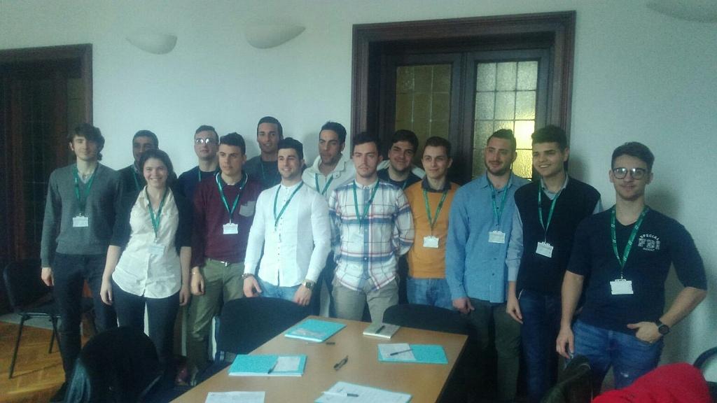 Trenitalia assume in Toscana 15 giovani macchinisti